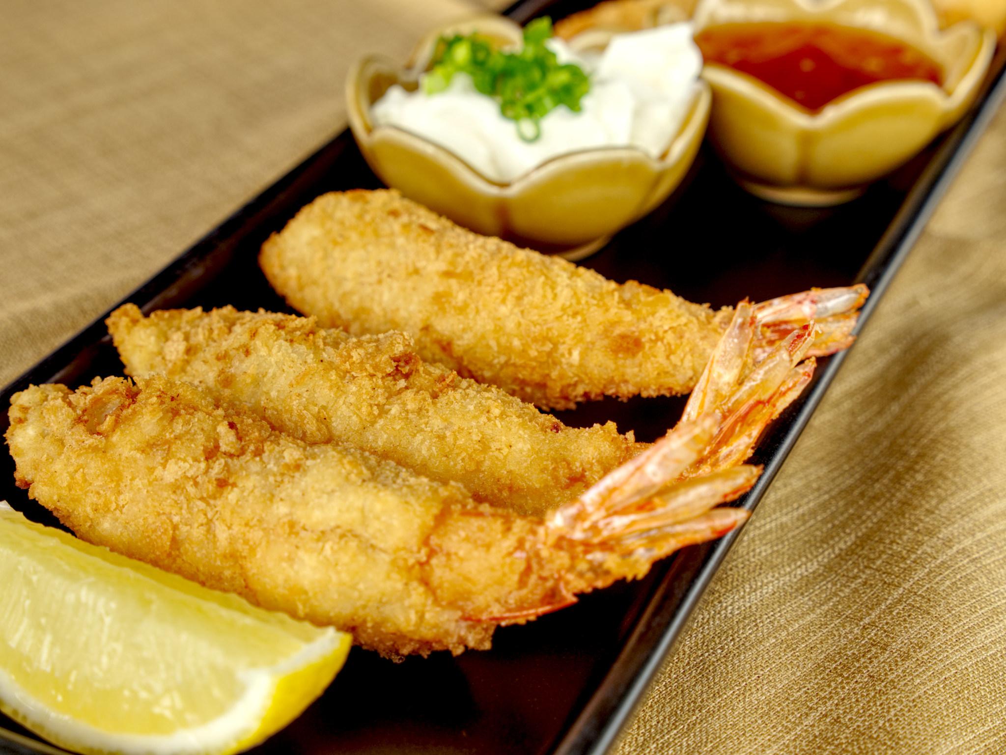 deep fried tempura prawns
